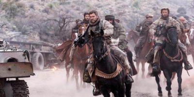 """馬に乗った兵士の""""英雄の物語""""はなぜ映画化された?『ホース・ソルジャー』に見るアメリカ文化"""
