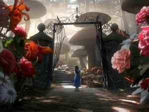 『アリス・イン・ワンダーランド』 健全に漂白された世界