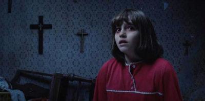 『死霊館 エンフィールド事件』はホラーの枠を超える傑作だ。天才監督ジェイムズ・ワンの演出手腕