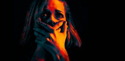 地獄の目隠し鬼ごっこが怖い!『ドント・ブリーズ』を大ヒットに導いた発想力