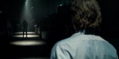 """『ライト/オフ』闇と光の""""反復""""はどんな恐怖をもたらすか?"""